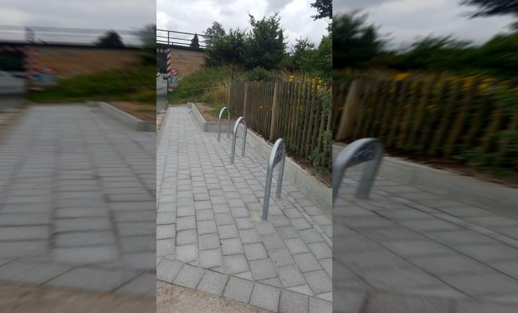 Neuer Service für Radler am Bahnhalt Raindorf